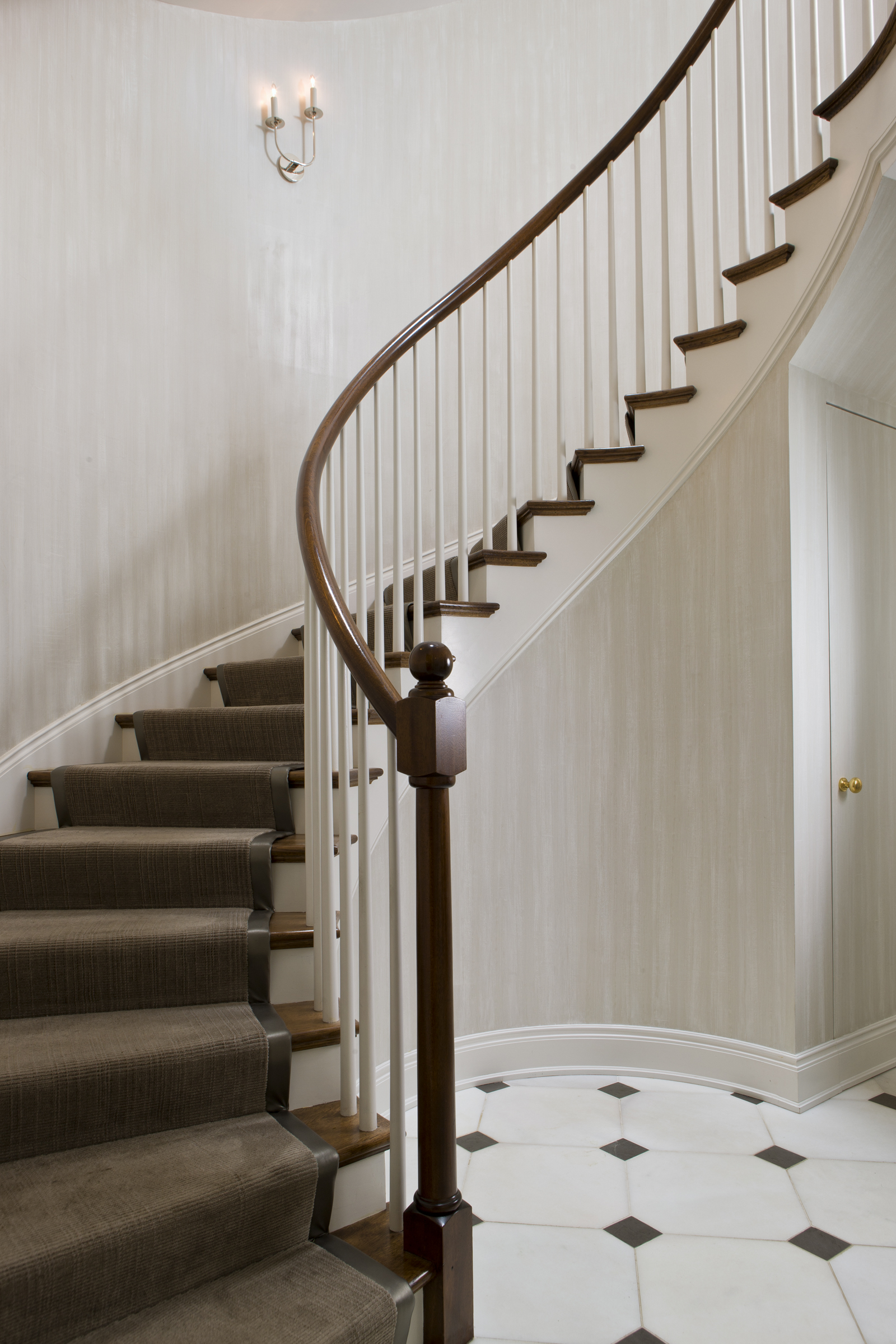 Curved Staircase in Kalorama Townhouse